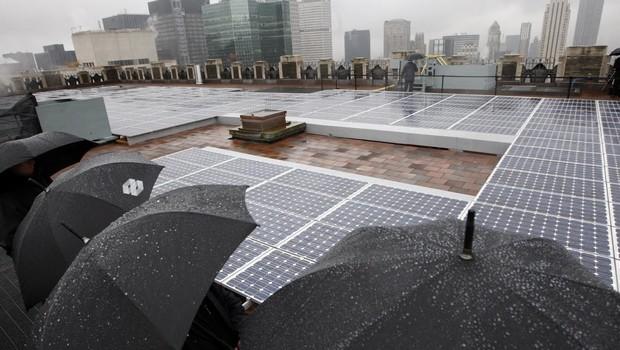 Yağmur Damlalarından Elektrik Enerjisine Dönüşüm